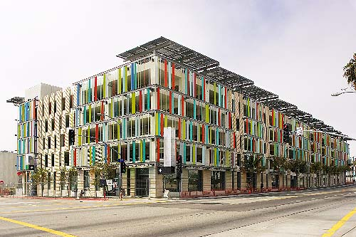 A Sustainable Parking Garage Only In La Thecityfix