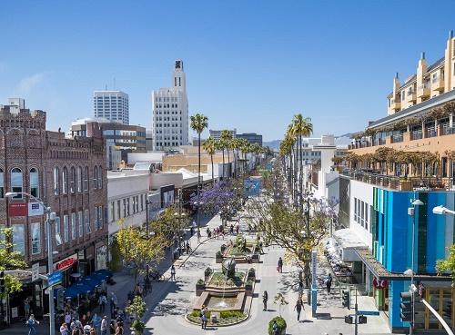 Third Street Promenade >> Retail Vacancies On Santa Monica S Promenade Offer Opportunities