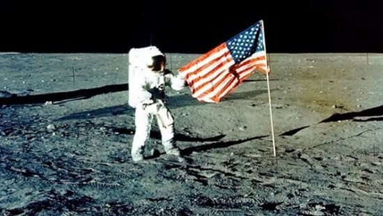 Apollo 12 Moon landing